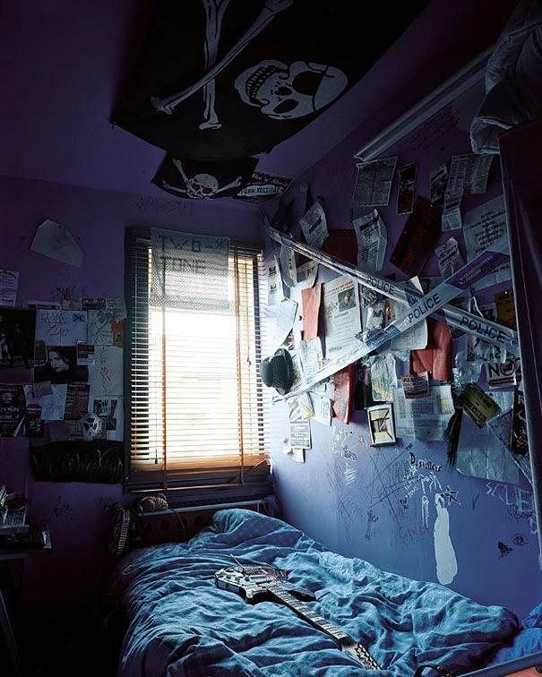 16 Children & Their Bedrooms From Around the World - Rhiannon, 14, Darvel, Scotland - Rhiannon's Room