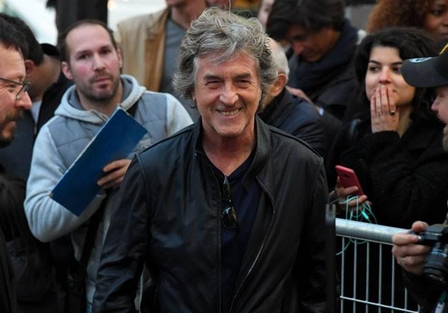 """ Beauf "", "" abruti total...! "" : François Cluzet torpille Jean-Marie Bigard"