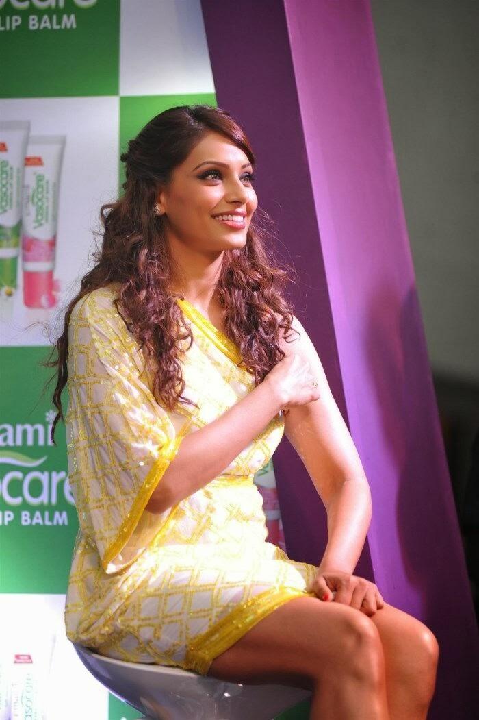 Bipasha Basu Sexy Photo