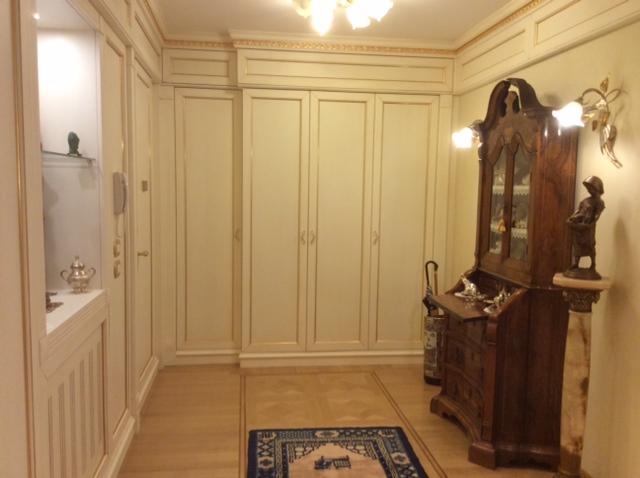 Boiserie e cucine su misura for Stili di fondazione di case