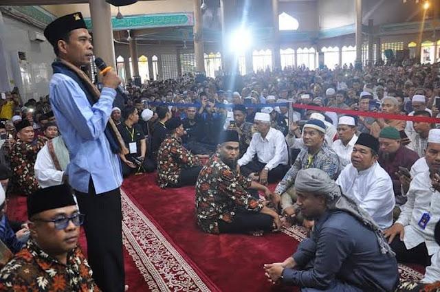 UAS Ceramah Hikmah Virus Corona, Rumah Makan Islam Dibanjiri Nonmuslim