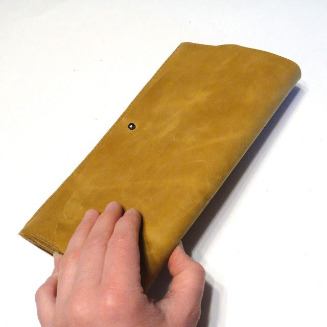 Клатч конверт из светло-коричневой кожи. Ручная работа, доставка курьером или почтой