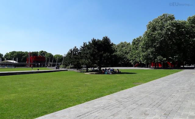parc de la villette-giardino-parigi-folies-bernard tschumi