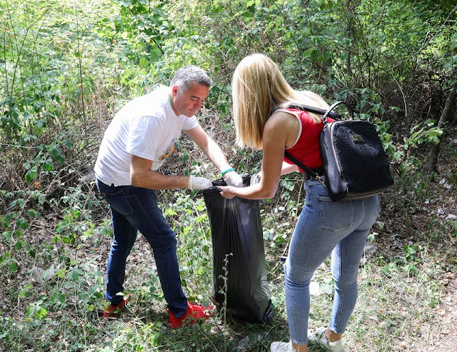Blendi Klosi: By 2020 there will be no production of plastic bags in Albania
