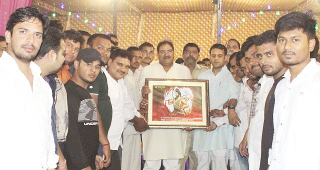 Leader of Opposition, Hariyana's future Chief Minister Abhay Chautala took blessings of Baba Surdas