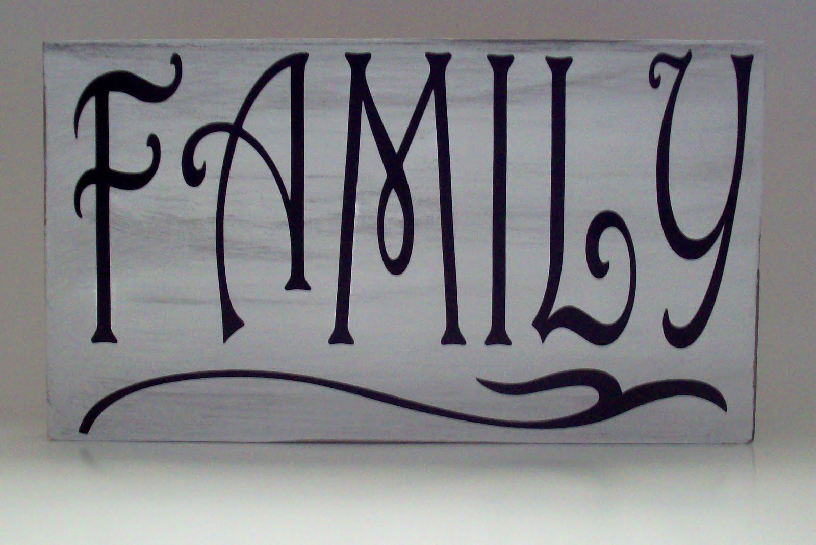 Family Sign Shelf Sitter