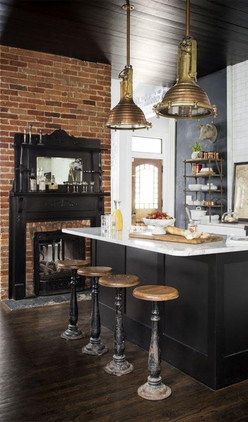Black Kitchens Are the New White Kitchens