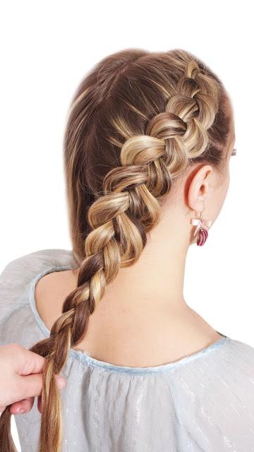 gaya rambut kepang ala traveler dari TRESemme