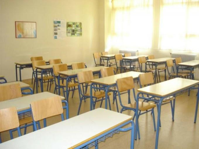 Κεραμέως: Πώς θα ανοίξουν τα σχολεία – Τα δύο επικρατέστερα σενάρια