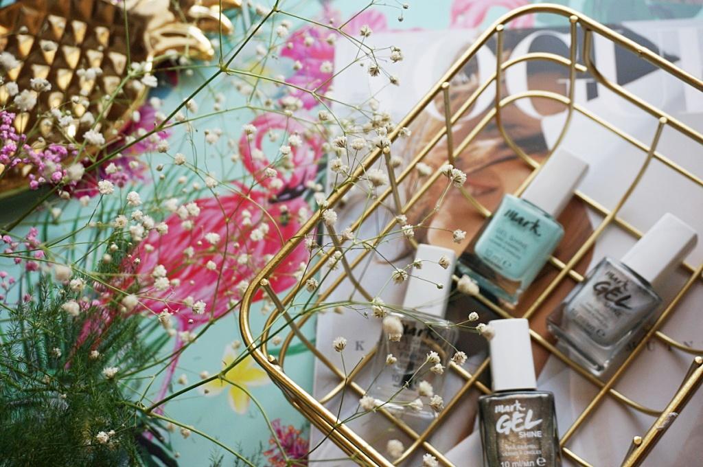 Avon Mark Gel Shine żelowe lakiery do paznokci manicure