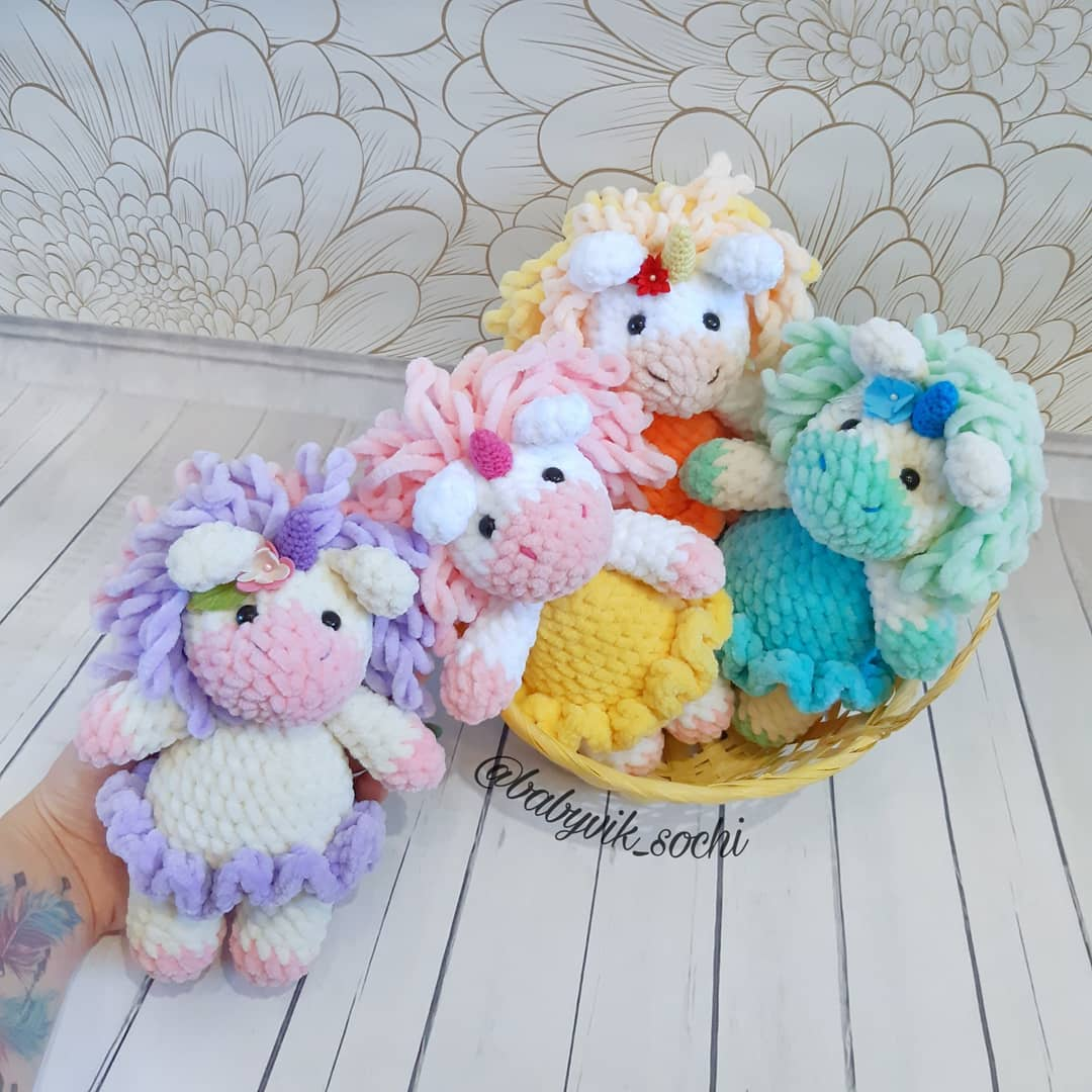 Lily Rainbow Cheeks the Unicorn Amigurumi PDF Pattern – Elfin Thread | 1080x1080