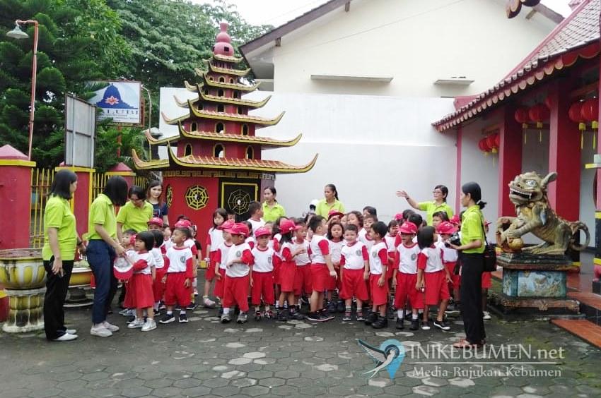 70 Anak Pius Bakti Utama Kebumen Diajak Kunjungi Klenteng Kong Hwie Kiong