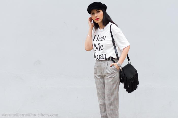 Blogger influencer de moda belleza tendencias complementos de la temporada