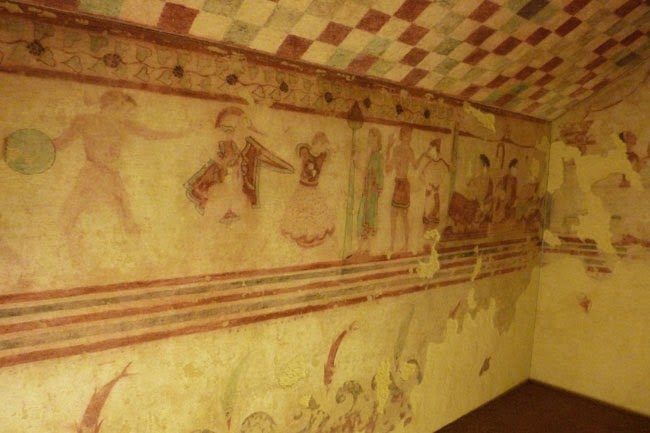 P1060368 - Os Etruscos