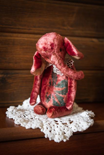 слоник Софи