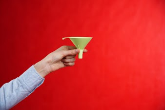 5 Reasons Why Top-of-Funnel Content Delivers Leads and Sales