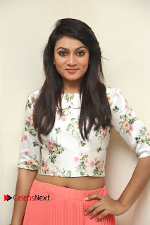 Actress Asmitha Pictures at Anoos Franchise Salon and Clinic Launch 0023