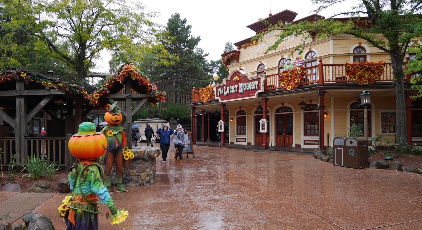 Frontierland during Halloween season, Disneyland Paris