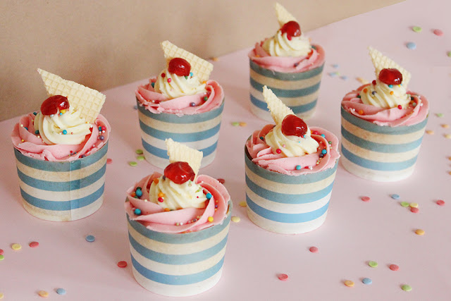 Summer Sundae Cupcakes