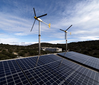 Hybrid Solar And Wind Power Generation