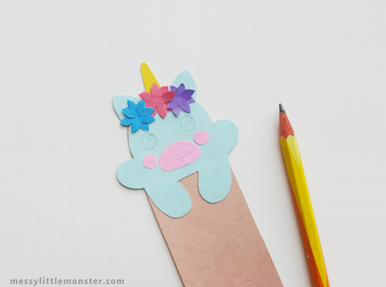 how to make a bookmark craft