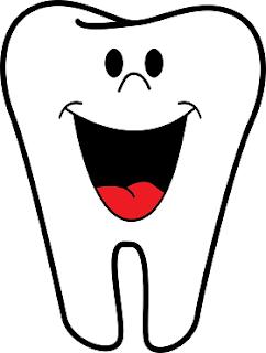 قد يسبب ماء الليمون تآكل مينا الأسنان