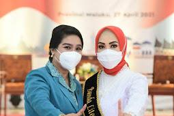 Joice Fatlolon Hadiri Pengukuhan Bunda Literasi Maluku, Widya Murad Ismail
