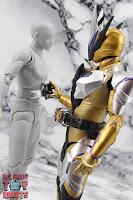 S.H. Figuarts Kamen Rider Thouser 33