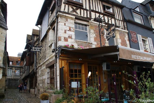 Le abitazioni tipiche nel centro di Honfleur