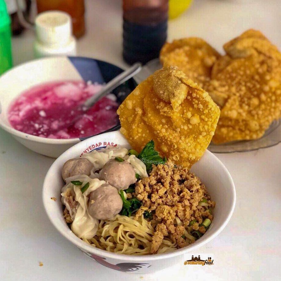 Wisata Kuliner  Mie Kota Kembang Semarang