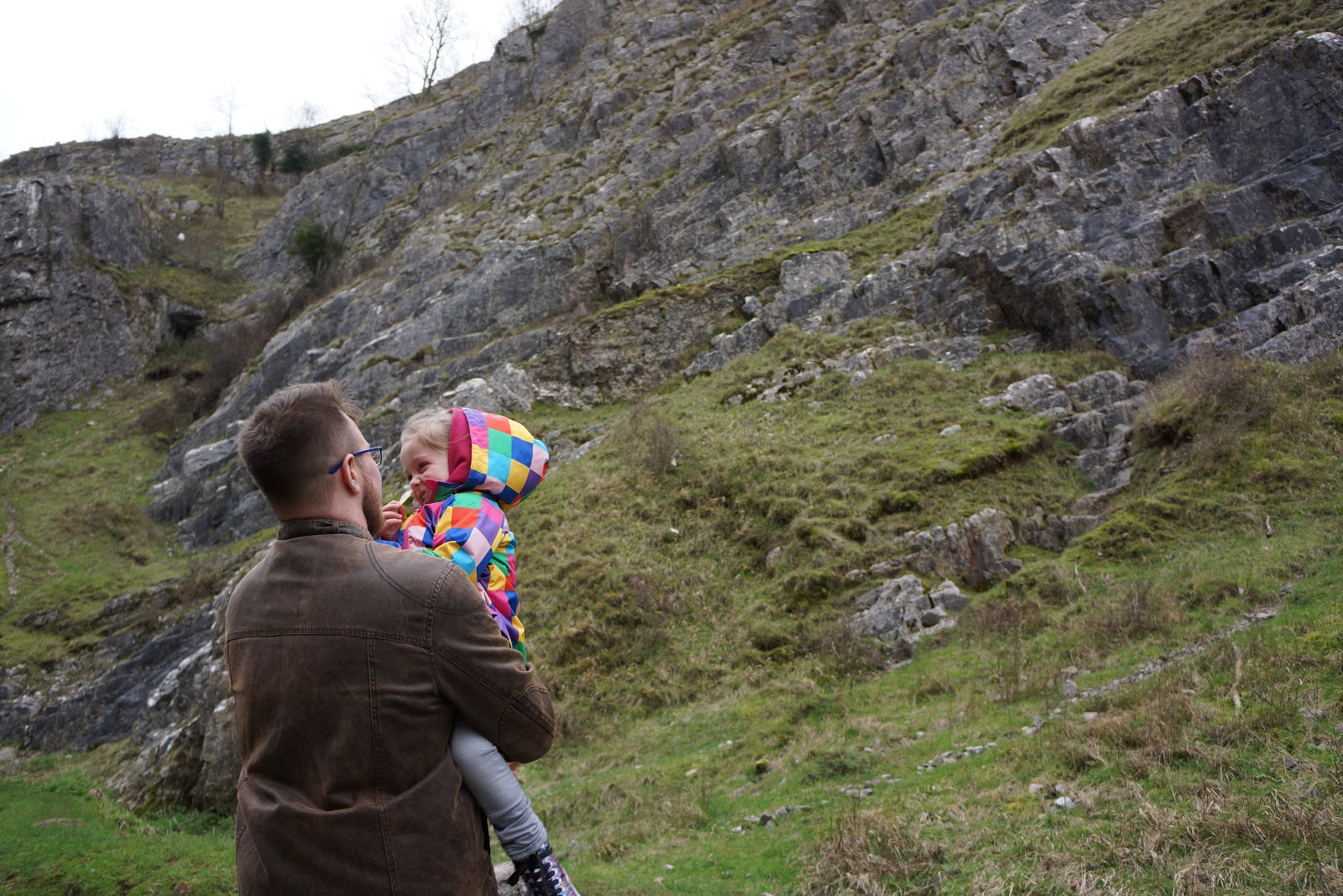 dad and daughter watching cheddar gorge
