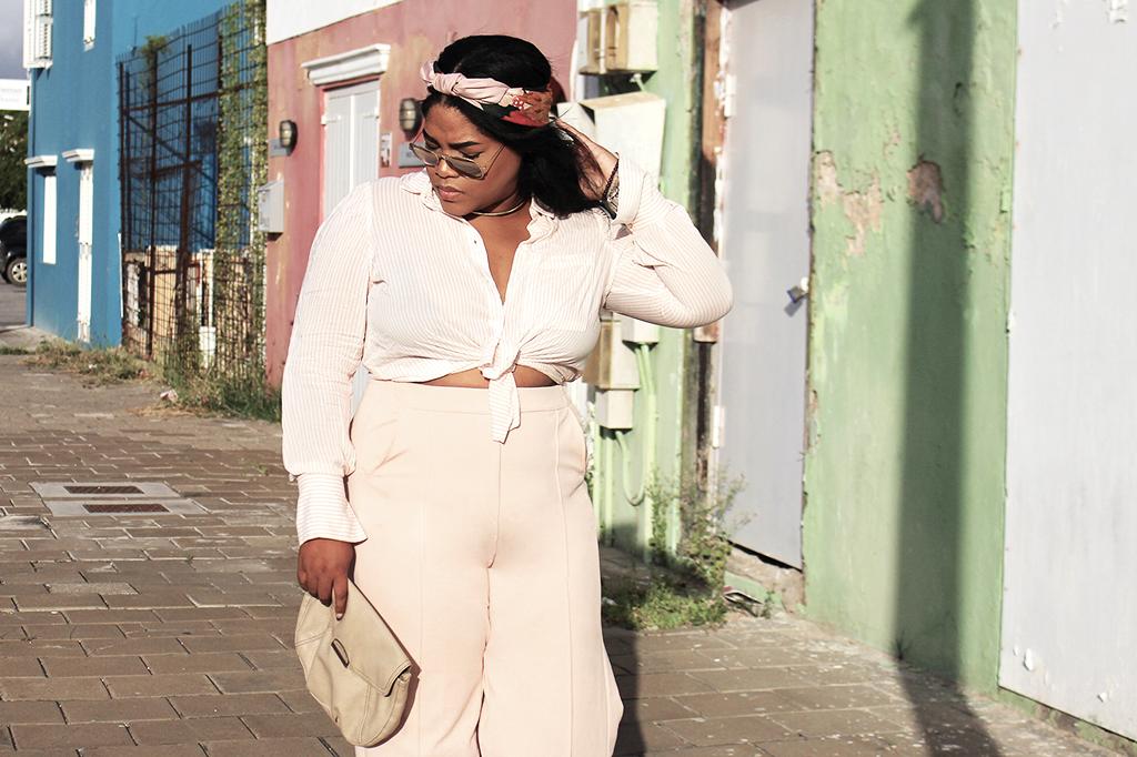 fashion blogger, curacao, stylish, bershka, mango, zara, wide leg pants, stripes, how to style, plus size, curvy