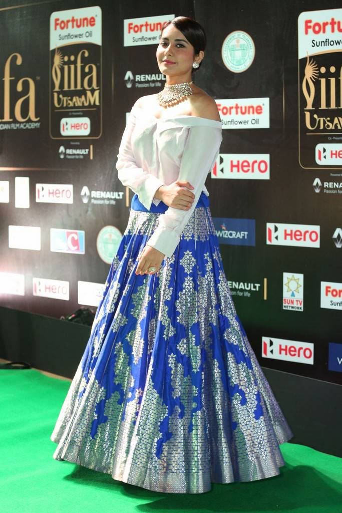 Telugu Actress Raashi Khanna At IIFA Awards 2017 In Blue Dress