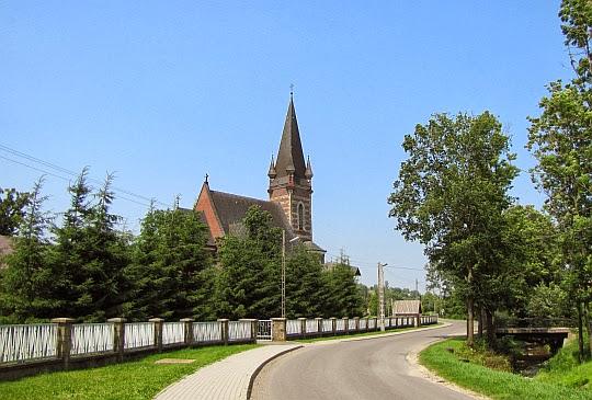 Kościół pw. św. Stanisława Biskupa Męczennika w Lubatowej