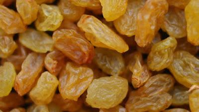 raisins reduce dry cough