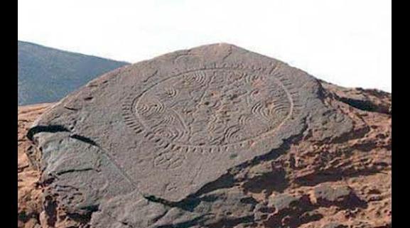 """""""دليل مواقع الفن الصخري بجهة كلميم واد نون"""" ..عين على النقوش الصخرية والرسوم الصباغية بالجهة"""