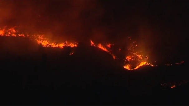 El incendio de la Palma   llega a Mazo y sigue sin control