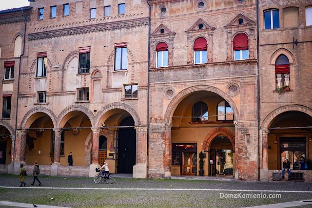 Bolonia - Santo Stefano Dom z Kamienia
