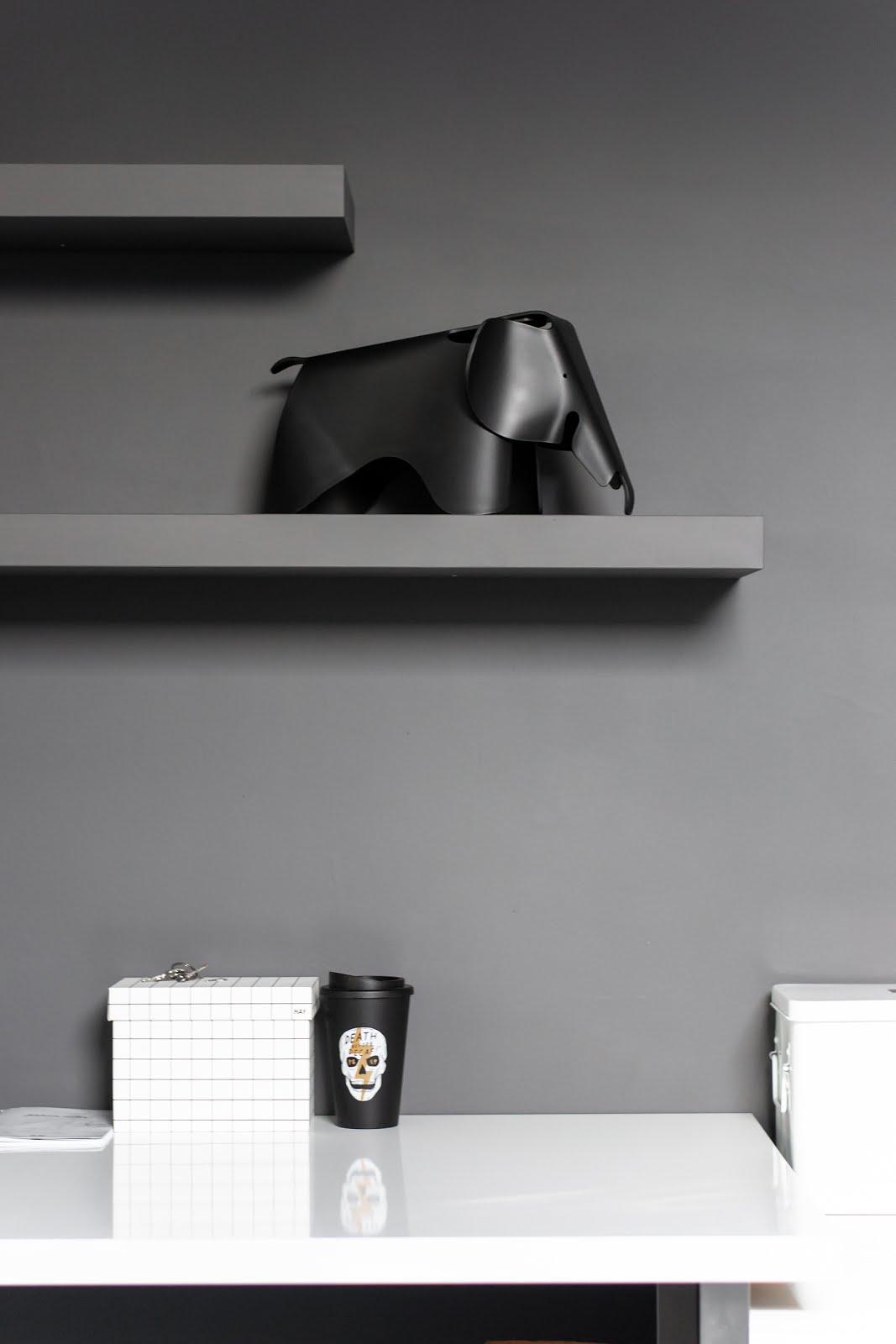 Vitra, charles & ray eames, elephant, small, black, interior, mister design