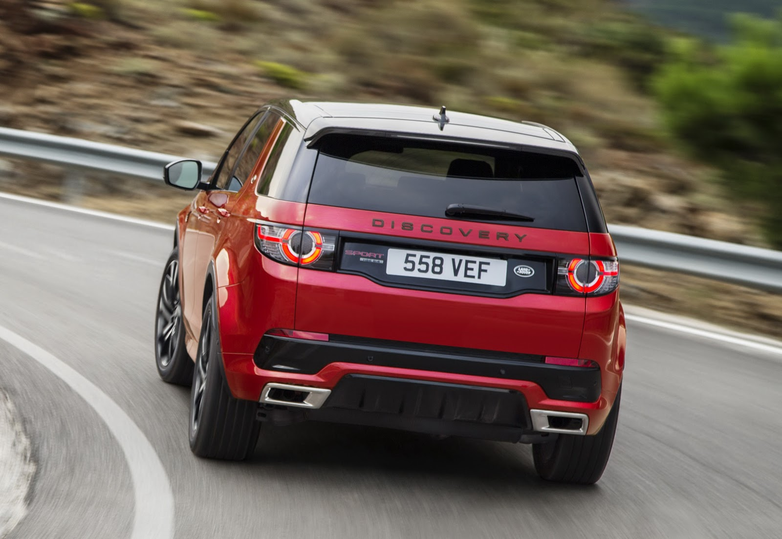 Pajero Car Hd Wallpaper Land Rover Discovery Sport Gets New Hse Dynamic Lux For