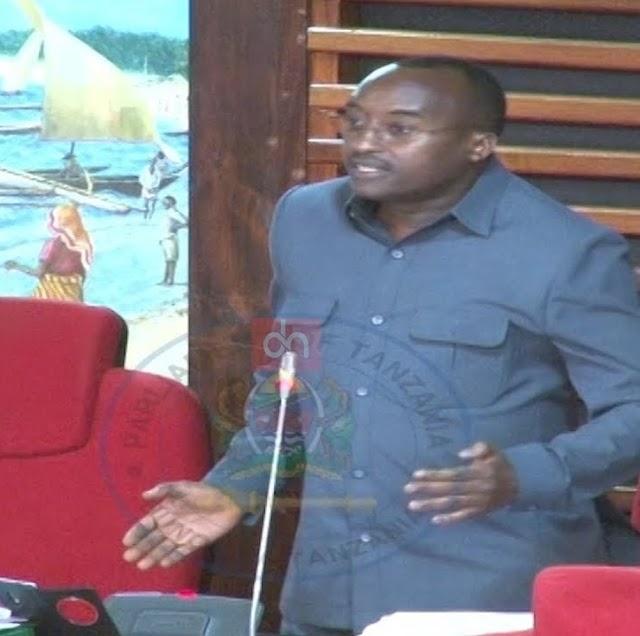 Gashaza Ataka Vijana wa Vyuo Vikuu Wanaojitolea Kufundisha Ngara Waungwe mkono na Serikali.