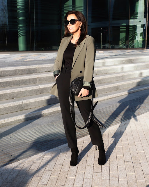 blazer outfit over 40 style