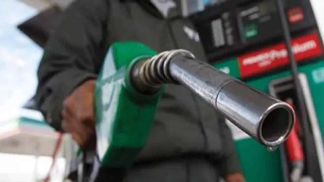 Petrobras sobe preço da gasolina nas refinarias a partir desta quinta-feira