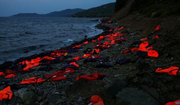 """Αποκαλυπτική έρευνα: Έτσι μπαίνουν οι """"πρόσφυγες"""" στην Ελλάδα"""