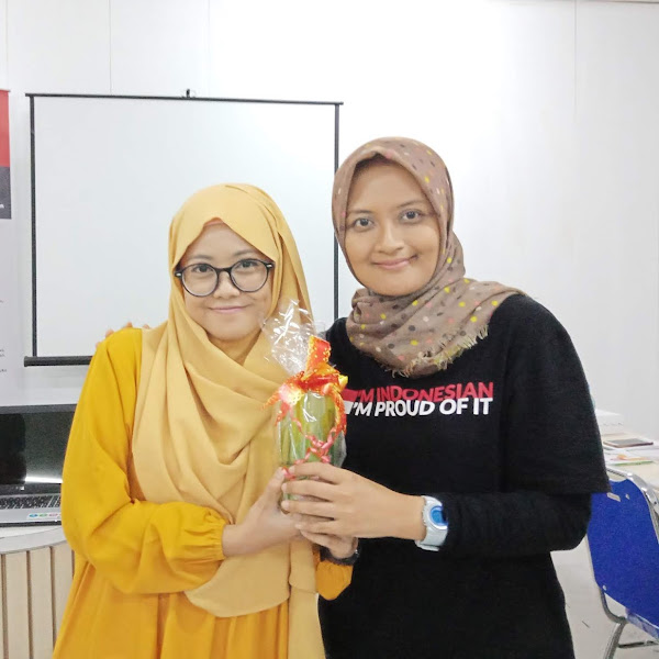 Menyesap Rindu Menulis Buku di Kopdar Komunitas Ibu-Ibu Doyan Nulis (IIDN) Jawa Timur