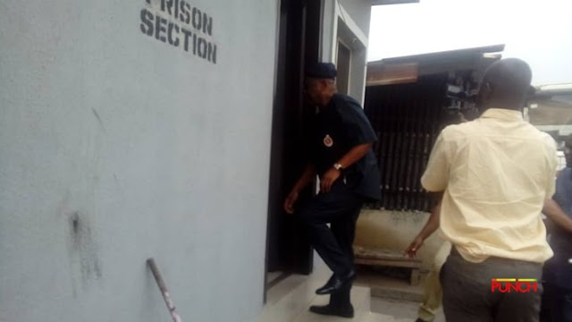 'Please Don't Handcuff Me' - Orji Uzo Kalu Begs Prison Warders As Court Sentences Him To Jail