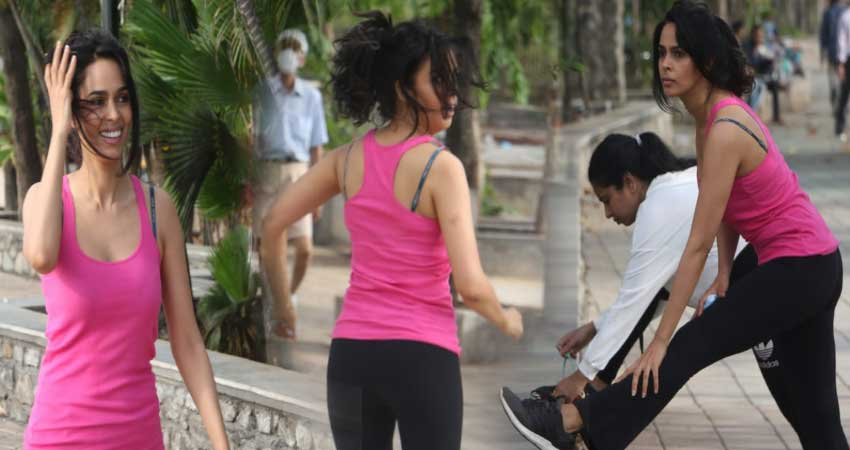 fans-raging-at-mallika-sherawat-for-doing-workout-on-road-without-mask