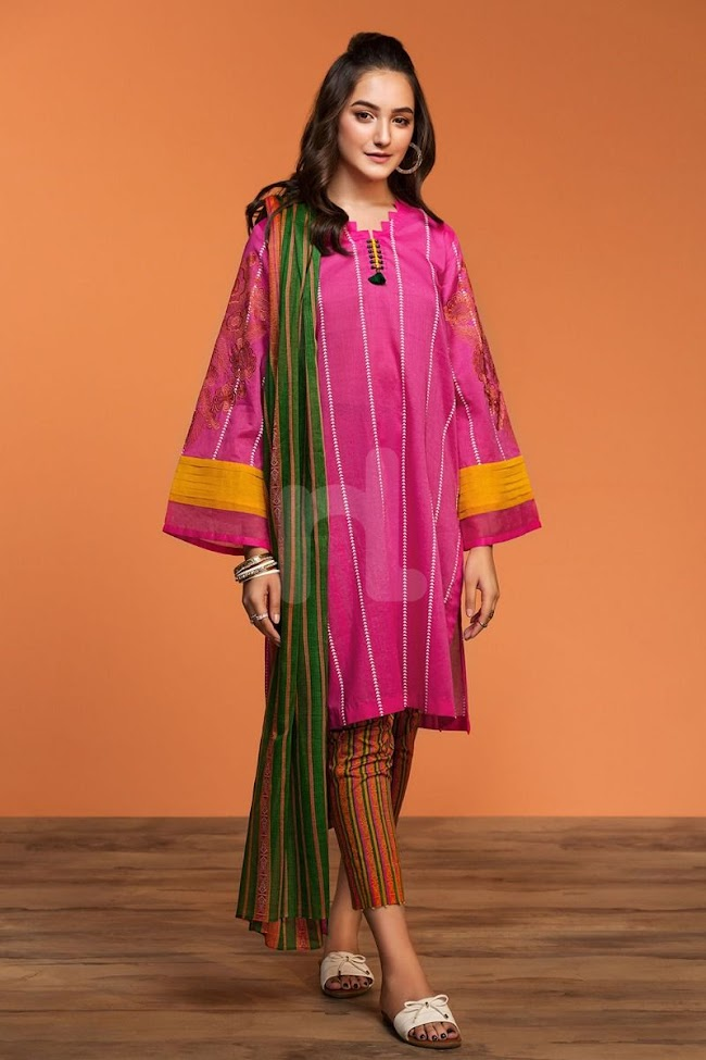 Nishatlinen Pink Embroidered Lawn suit