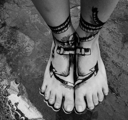 foot anchor tattoo ayak çapa dövmesi
