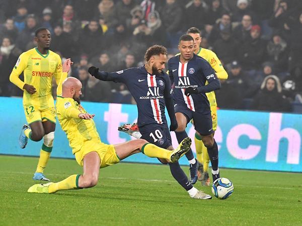 مشاهدة مباراة باريس سان جيرمان ونانت بث مباشر اليوم الثلاثاء 4 2